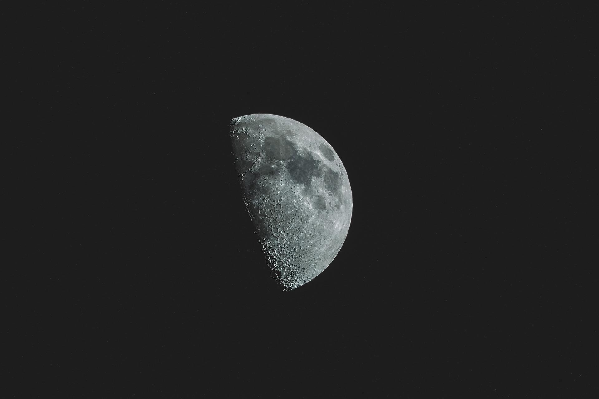 crater-1866821_1920